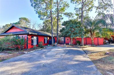 La Porte Single Family Home For Sale: 9518 Montgomery Lane