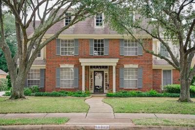 Houston Single Family Home For Sale: 16123 Garden Hill