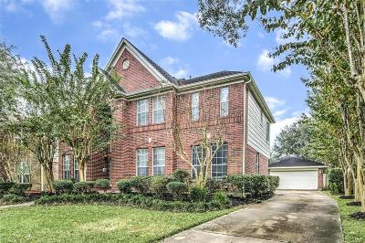 League City Single Family Home For Sale: 5131 Carefree Dr Drive