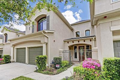 Sugar Land Condo/Townhouse For Sale: 12 Sweetwater Court