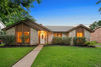 Sugar Land Single Family Home For Sale: 2734 Field Line Drive