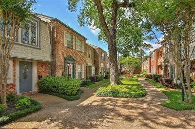 Memorial Condo/Townhouse For Sale: 12759 Huntingwick Drive #141