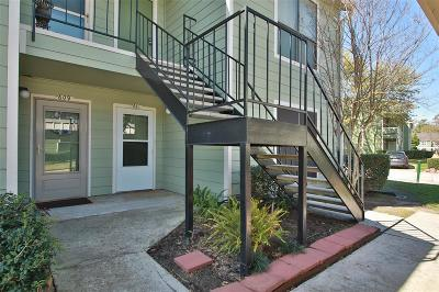 Houston Condo/Townhouse For Sale: 14777 Wunderlich Drive #611
