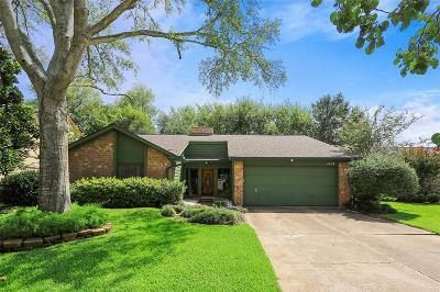 Sugar Land Single Family Home For Sale: 3138 Wagon Trail Drive