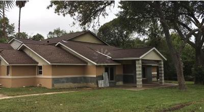 Brookshire Single Family Home For Sale: 33417 Pecan Hill Drive