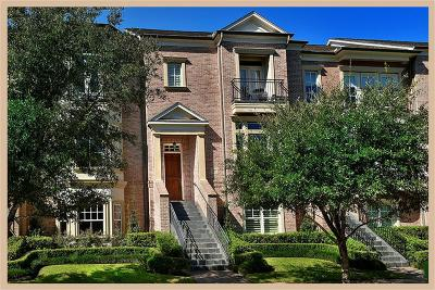 The Woodlands Condo/Townhouse For Sale: 7 Colonial Row Drive