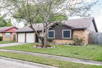 Pasadena Single Family Home For Sale: 4235 Alecia Drive