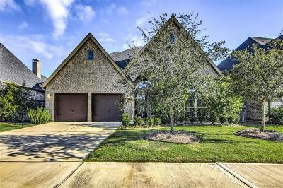 Fulshear Single Family Home For Sale: 28107 Twin Knolls Lane