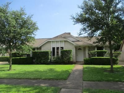 Sugar Land Single Family Home For Sale: 2906 Green Fields Drive