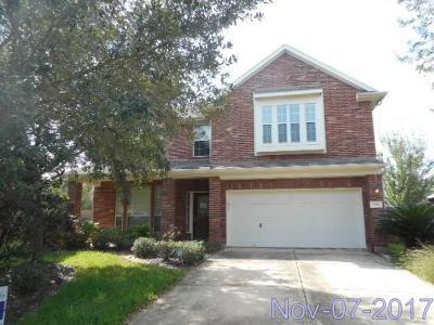 Missouri City Single Family Home For Sale: 7527 Hawk Ridge