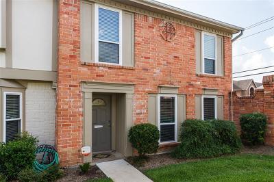 Houston Condo/Townhouse For Sale: 14321 Misty Meadow Lane