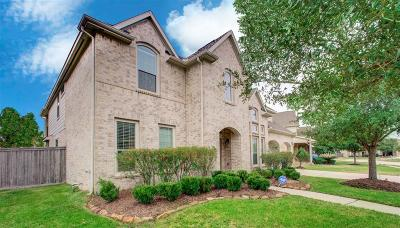 Pearland Single Family Home For Sale: 2732 Ravens Creek Drive