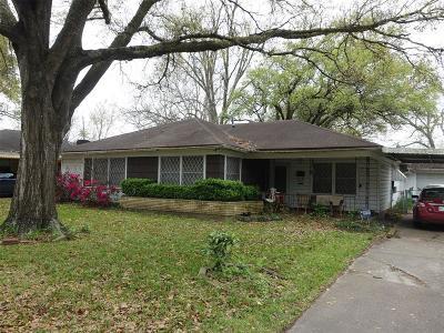 Pasadena Single Family Home For Sale: 2012 Vince Street