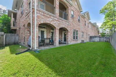 Houston Condo/Townhouse For Sale: 28 Versante Court