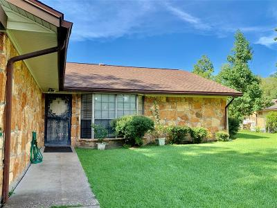 Cleveland Single Family Home For Sale: 311 Mary Jo Street