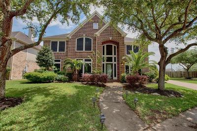 League City Single Family Home For Sale: 327 Watercrest Harbor Lane