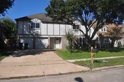 Spring Single Family Home For Sale: 7006 Huntbrook Drive