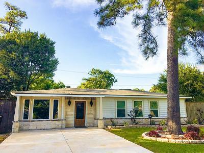 Oak Forest Single Family Home For Sale: 1802 Gardenia