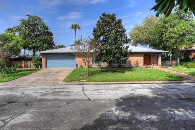 Galveston Single Family Home For Sale: 1109 Harbor View Drive