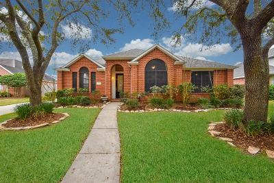Sugar Land Single Family Home For Sale: 814 Tyler Run