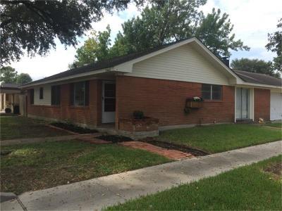Pasadena Single Family Home For Sale: 2602 Oaks Drive