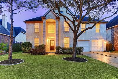 Sugar Land Single Family Home For Sale: 2215 Thistlerock Lane