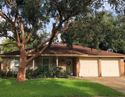 Webster Single Family Home For Sale: 2842 Heritage Bend Drive