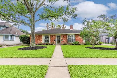 Single Family Home For Sale: 16422 Locke Haven Drive