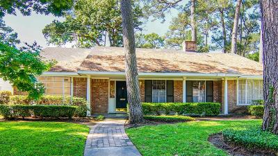 Houston Single Family Home For Sale: 10027 Candlewood Drive