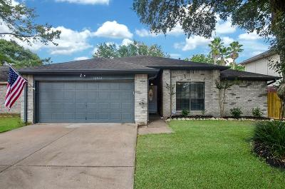 Single Family Home For Sale: 16402 Salinas Lane