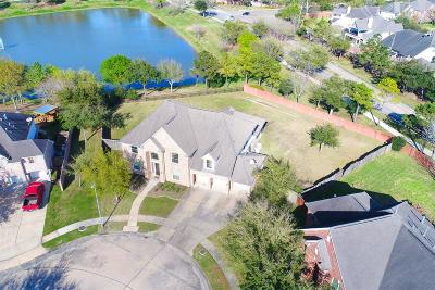 Pearland Single Family Home For Sale: 2501 Seabrough Drive