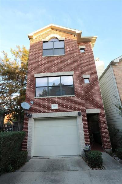 Houston Single Family Home For Sale: 8664 Meadowcroft Drive