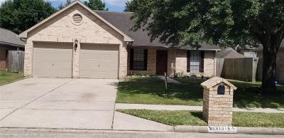 Spring Single Family Home For Sale: 21318 Nottinghill Drive