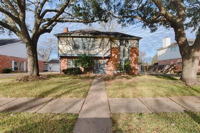Single Family Home For Sale: 8115 Town Creek Drive