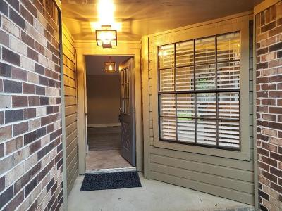 The Woodlands Single Family Home For Sale: 22 W Mistybreeze Circle Bend