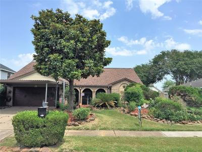 Deer Park Single Family Home For Sale: 2714 Park Meadows Avenue