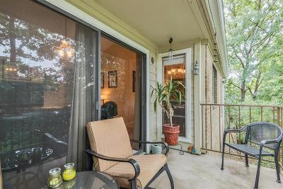 The Woodlands Condo/Townhouse For Sale: 3500 Tangle Brush #182