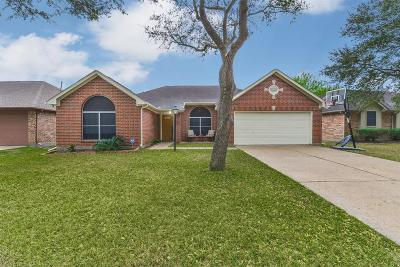 La Porte Single Family Home For Sale: 5213 Glenpark Drive