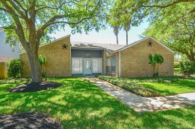 Missouri City Single Family Home For Sale: 2323 Canyon Meadows Drive