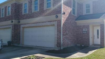 Pearland Single Family Home For Sale: 4704 W Walnut Street