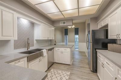 Houston Condo/Townhouse For Sale: 15022 Kimberley Court