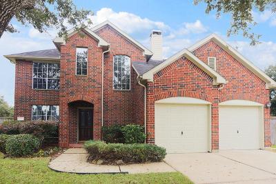 Single Family Home For Sale: 12131 Laguna Pointe Lane