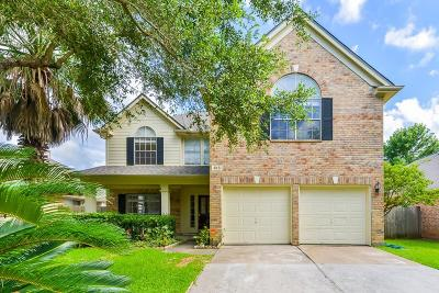 Sugar Land Single Family Home For Sale: 615 Presley Way