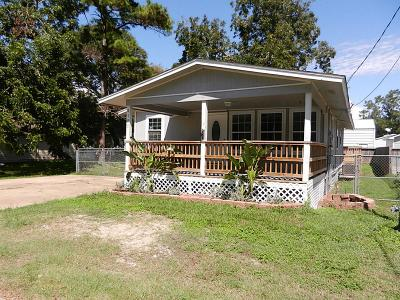 Bacliff Single Family Home For Sale: 4107 Brown