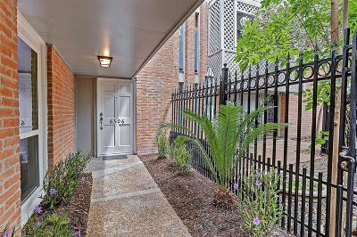 Houston Condo/Townhouse For Sale: 6306 Riverview Way