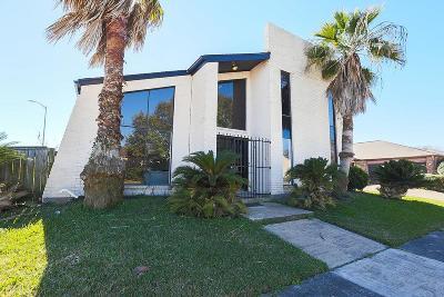 Houston Single Family Home For Sale: 7903 Cobblefield Lane