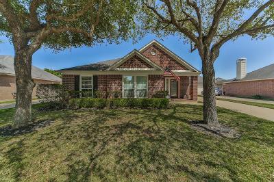 Richmond Single Family Home For Sale: 3906 Eastland Lake Drive