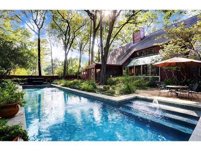 Houston Single Family Home For Sale: 26 Saddlebrook