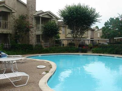 Houston Condo/Townhouse For Sale: 7575 Cambridge Street #2505