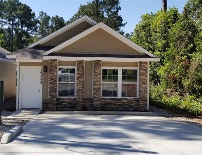 Single Family Home For Sale: 16889 Glenheath